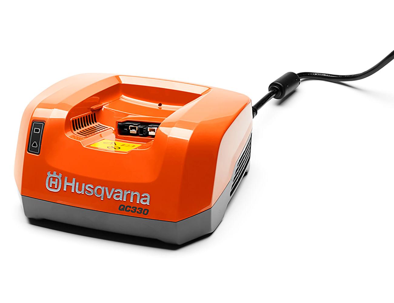 H110-0389---carregador-QC330-1300x1000